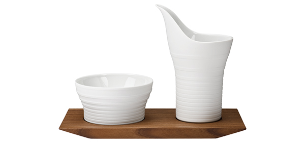 Hering Berlin Pulse Sugar and Creamer Set with Wooden Tray
